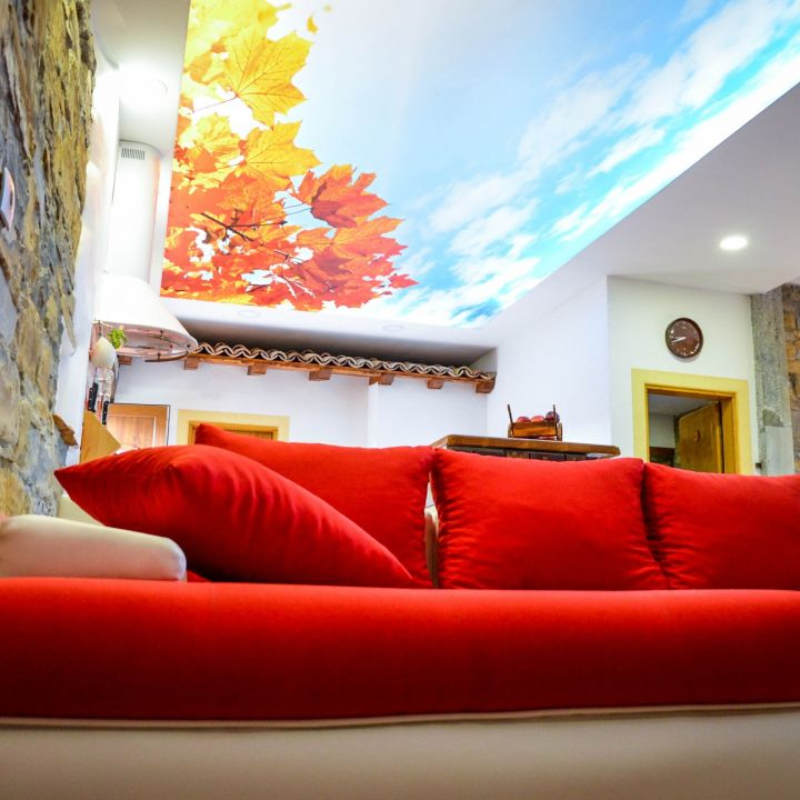 Guest House Apartments Red Fairytale